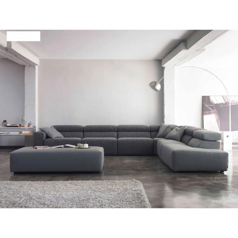 Divano 137 divani di design divanissima mosciano sant for Divani in pelle di design